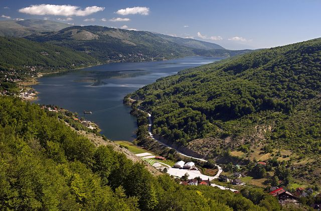 Mavrovo_panoramic_summer.jpg